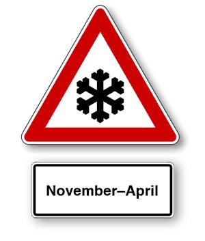 Verkehrszeichen: Schnee und Eis nur zwischen November bis April